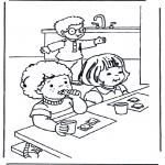 Dibujos Infantiles - Desayunar