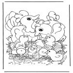 Temas - Gallina con huevos