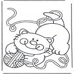 Animales - Gatita con ovillo de lana